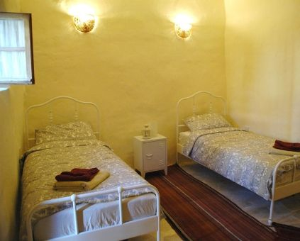 Batha room, twin room in Beit al Taybeh Guesthouse